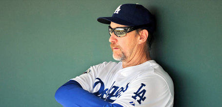 101112-mlb-los-angeles-dodgers-third-base-coach-tim-wallach-en-pi_20121011145535362_660_320_jpg_medium