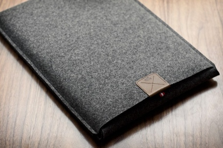 Hard-graft-macbook-air-sleeve-5_medium