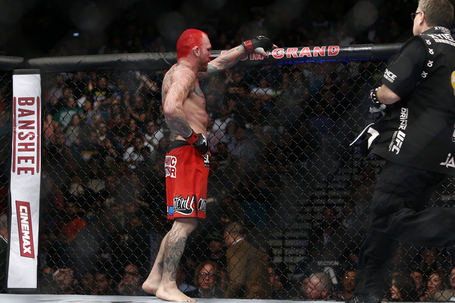 048_uriah_hall_vs_chris_leben_gallery_post_medium