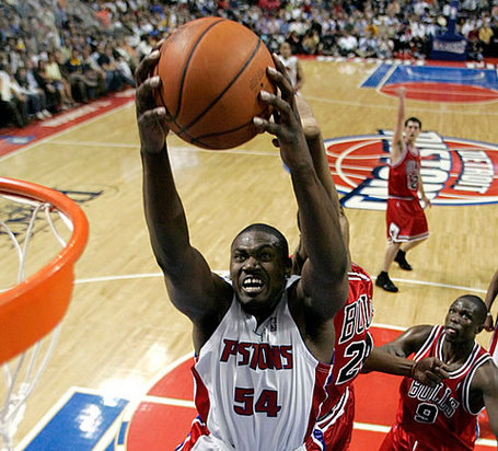 Jason-maxiell-rebounds_medium