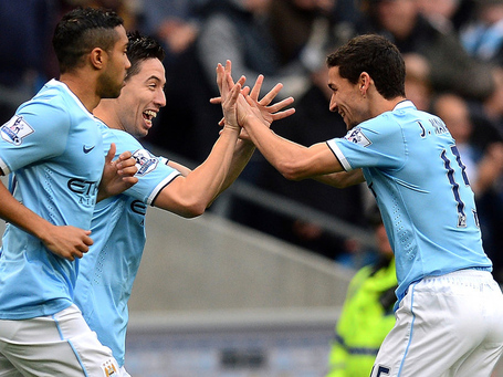 Man-city-v-tottenham-jesus-navas-celebrates-w_3041057_medium