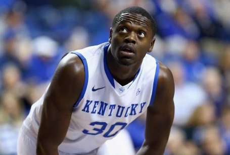 Hi-res-455019909-julius-randle-of-the-kentucky-wildcats-watches-a-free_crop_north_medium