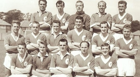 Liverpoolsquad1961-1962_medium