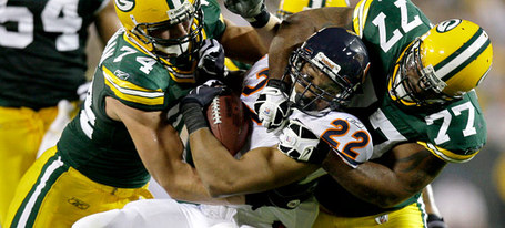 Sports_fbn-bears-packers_10_mw_slideshow_medium