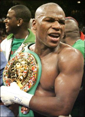 Floyd_mayweather__jr__medium