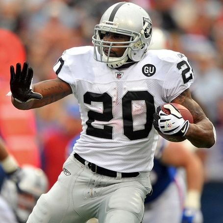 Nfl_u_mcfadden_600_medium