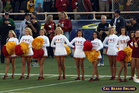 Usc_cheerleaders_100309_0447_medium