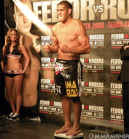 Strikeforce 'Fedor vs Rogers' ...