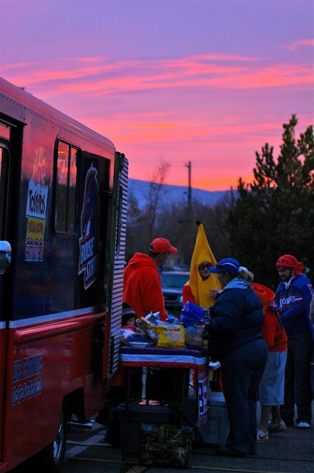 Tailgatingsunset_medium