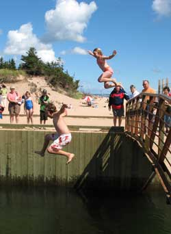 Julia-and-matt-jump-off-bridge_medium