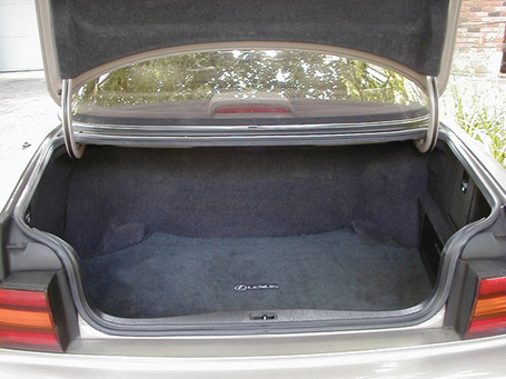 Car_20trunk_medium