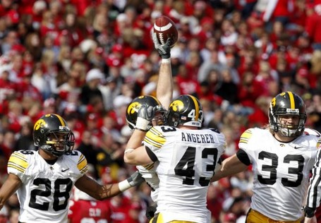 Iowa_wisconsin_football_wia-510x354_medium