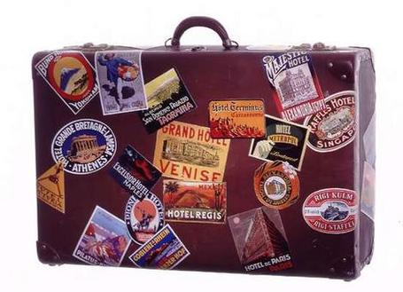 Suitcase_wideweb__470x3400_medium