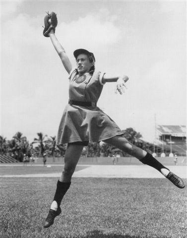 Women 39 S Pro Baseball Legend Dorothy Kamenshek Dies