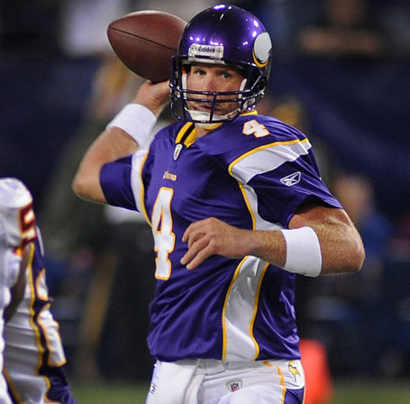 Brett-favre-vikings-debut-20090821_zaf_e47_624_medium