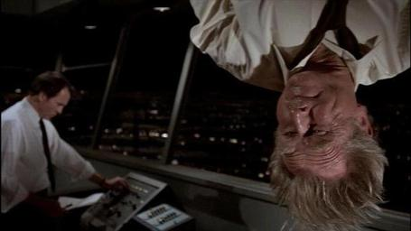 Airplane-lloyd-bridges-sniff-glue_medium