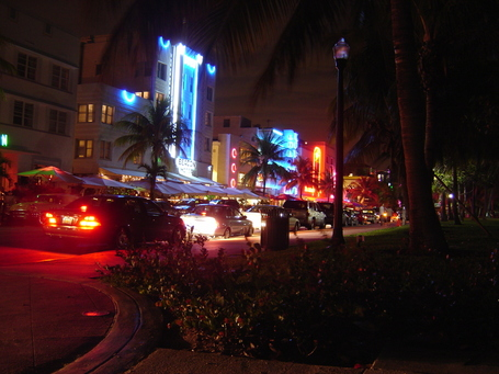 South_beach_miami_at_night_medium