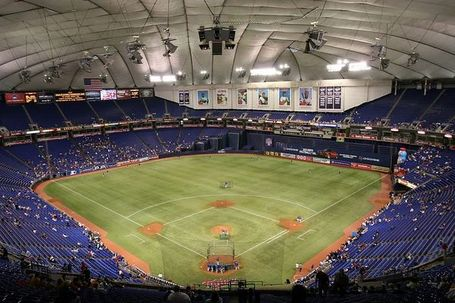 Metrodome_5g_2005_medium