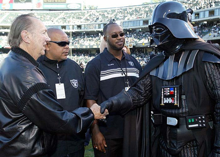 Al_davis_and_darth_davis_21_medium