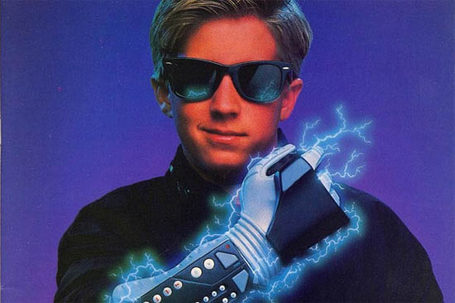 Powerglove-kid_medium_medium_medium_medium_medium
