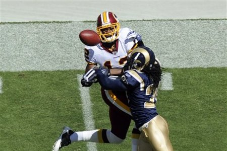 51340_rams_redskins_football_medium