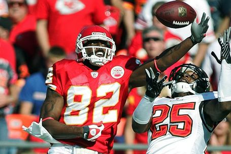 Nfl_g_bowe_600_medium