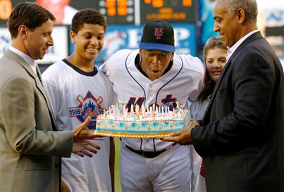 Julio_franco_birthday_medium
