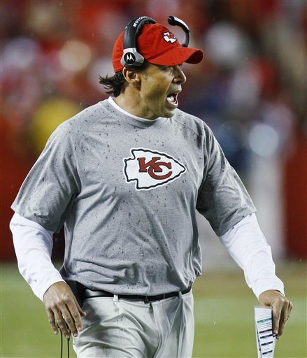 70518_chargers_chiefs_football_medium