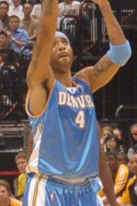Kenyon_martin_takes_a_free_throw_medium