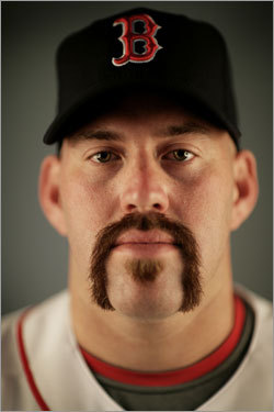 Kevin-youkilis-new-beard_medium