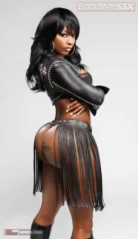 Buffie_the_body_donk_of_the_day_atlnightspots_black_men_digital_3_medium