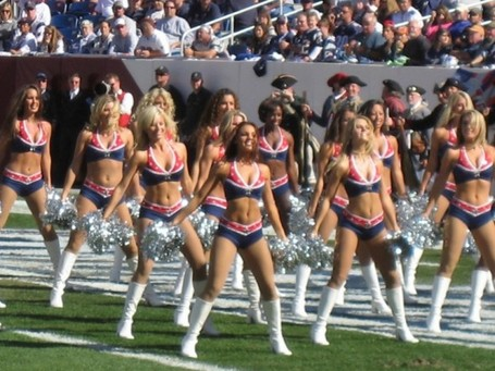 Patriots_cheerleaders-1_medium