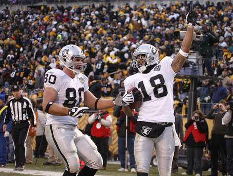Oakland_raiders_v_pittsburgh_steelers_l9b3bykwyl3l_medium