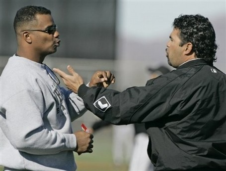 Ozzie-guillen-kenny-williams_medium