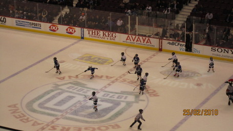 Canucksgame093_medium