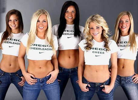 Oregon-cheerleader-lauren_2811_29_medium