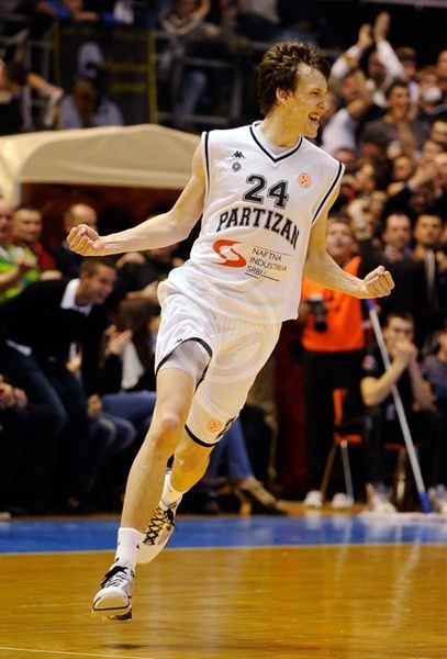 Jan-vesely-partizan_medium