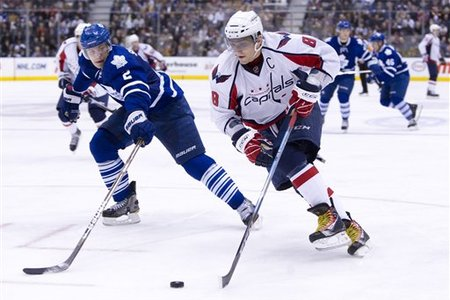 74326_capitals_maple_leafs_hockey_medium