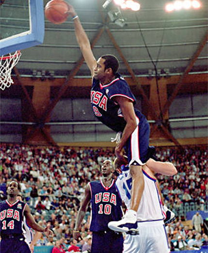 Carter_dunk_france1-thumb-430x521_medium