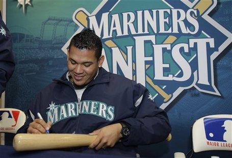 202393_mariners_baseball_medium