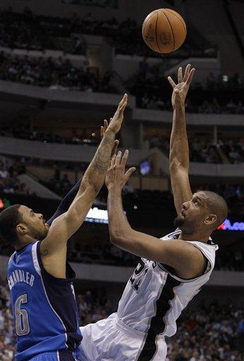 104596_spurs_mavericks_basketball_medium