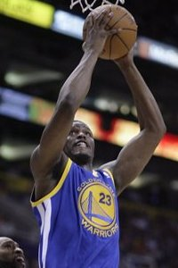 104684_warriors_suns_basketball_medium