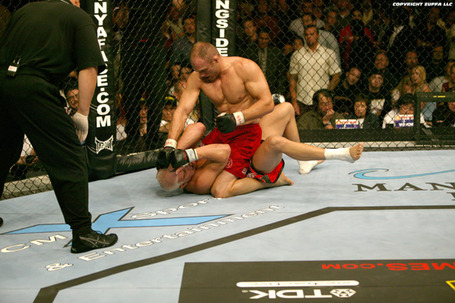 Ufc44_couture_vs_ortiz_06_medium
