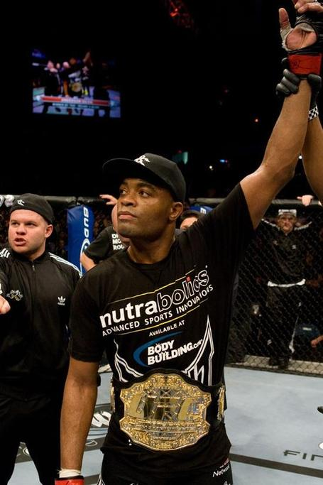 Anderson-silva-retains_medium