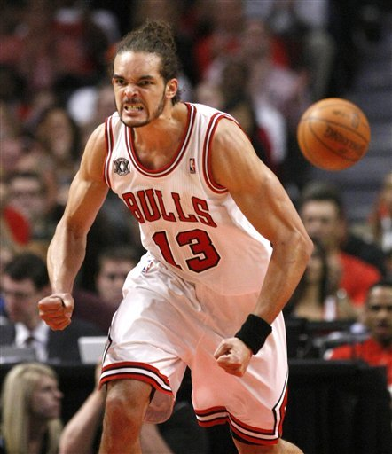 108828_hawks_bulls_basketball_medium