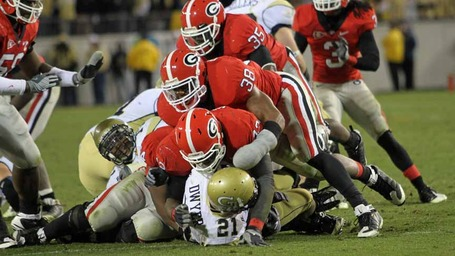 Uga_vs_gt_2009_dawg_defense_stops_jonathan_dwyer_medium