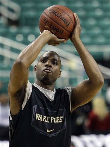 58826_acc_wake_forest_basketball_medium