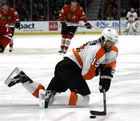 74382_flyers_blackhawks_hockey_medium