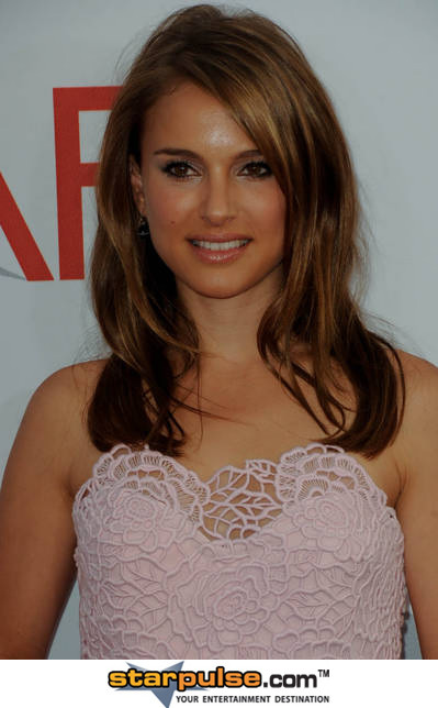 Natalie_20portman_20-alo-129748_medium