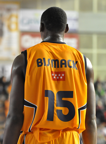 Bismack_biyombo_medium
